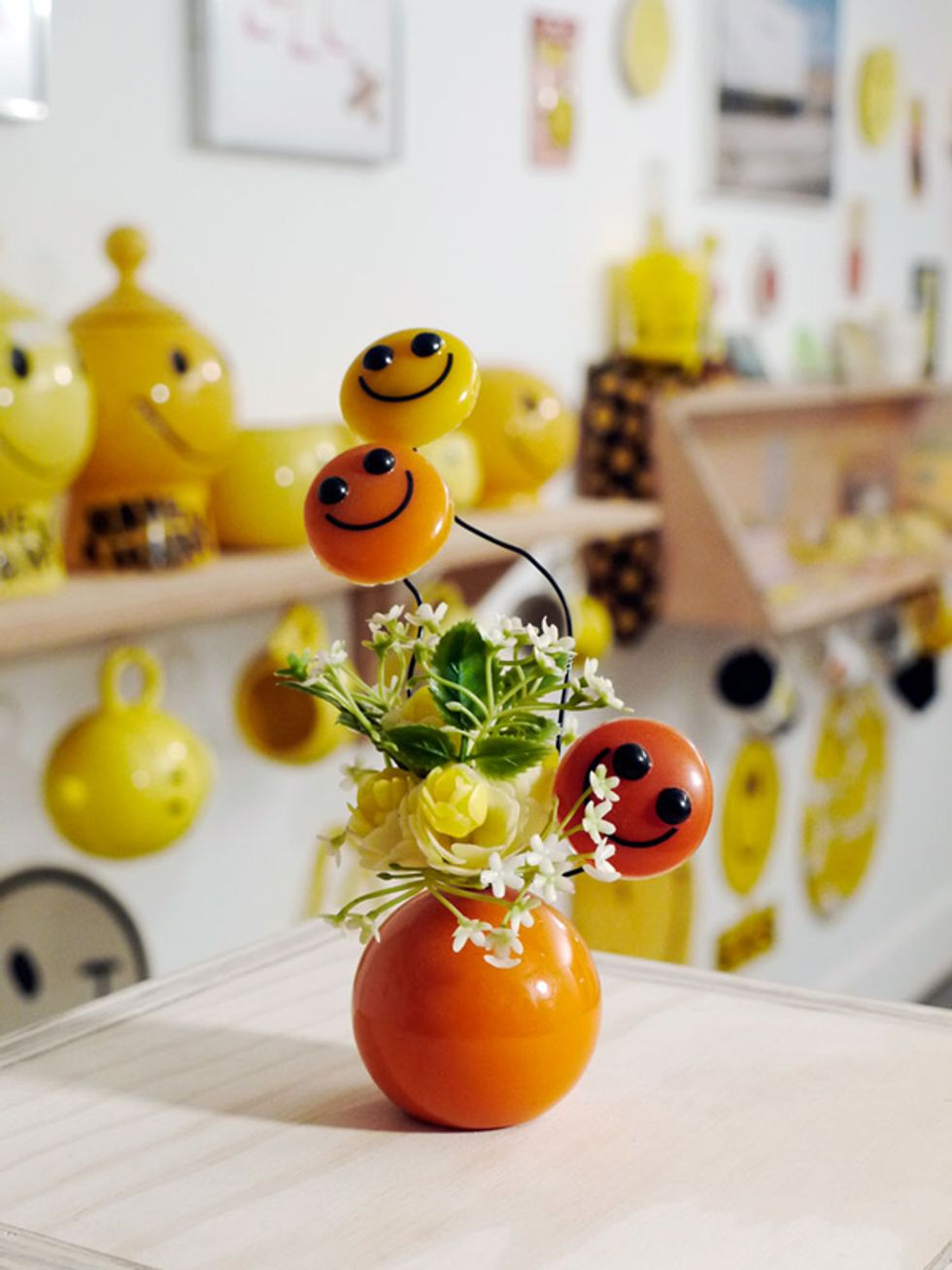 Have A Nice Day At Bushwick's Smile Face Museum