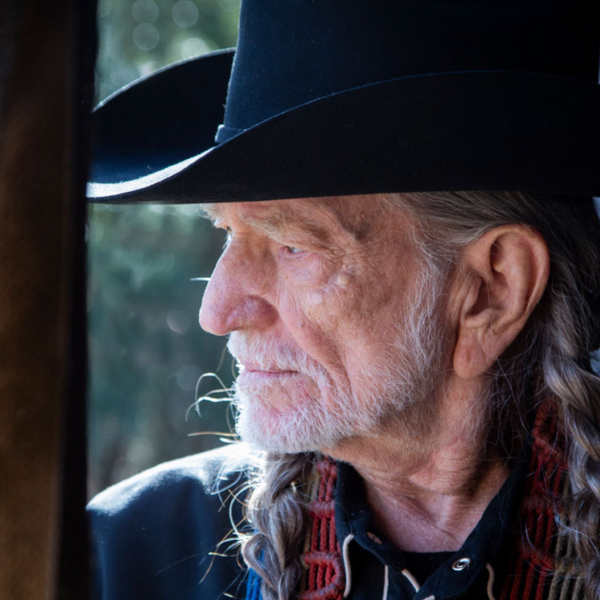Willie Nelson to hold cannabis convention for 88th birthday