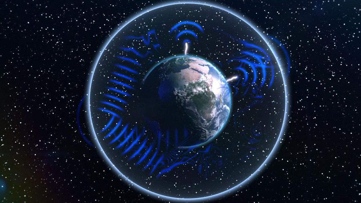 Is the Earth s  heartbeat  of 7.83 Hz influencing human behavior?