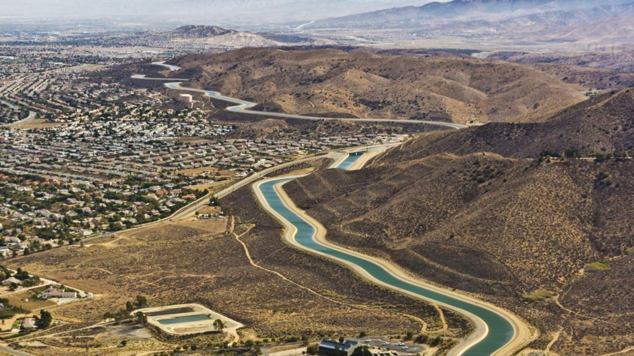 Installing Solar Panels Over Canals Could Save California Gallons of Water