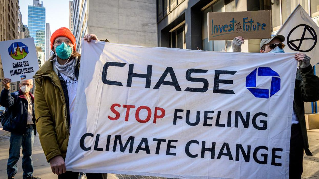 Bank Lending to Fossil Fuel Companies Increased After Paris Agreement