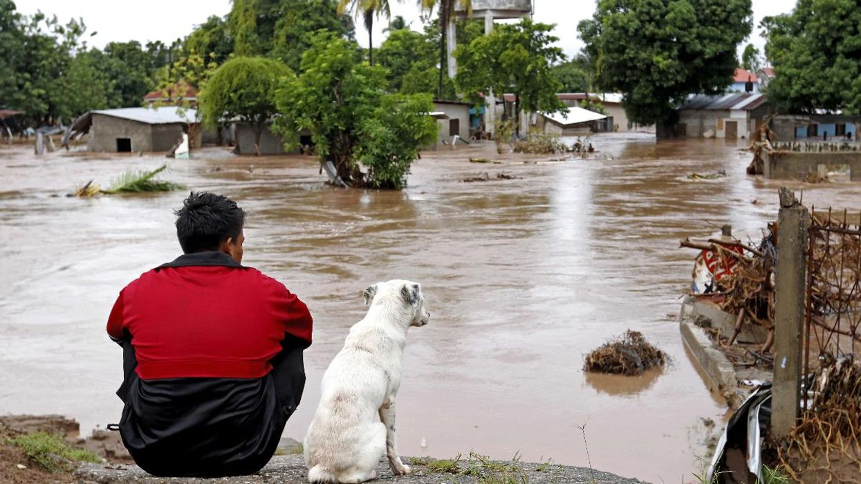Back-to-Back Hurricanes in Central America Push Migrants North, Adding to Humanitarian Crisis