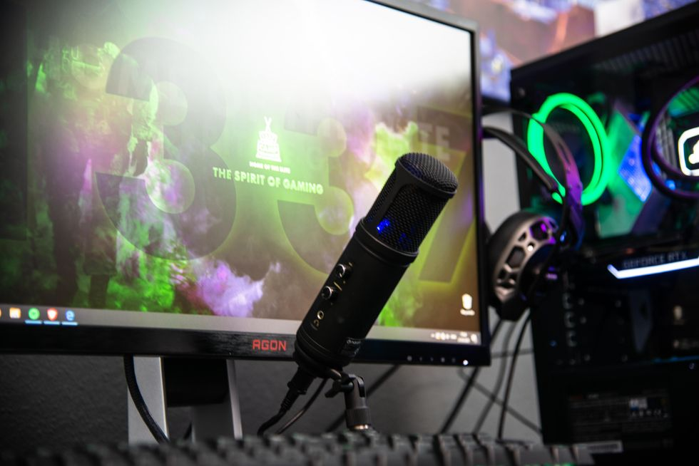 5 Pieces of Equipment You Need to Start Streaming