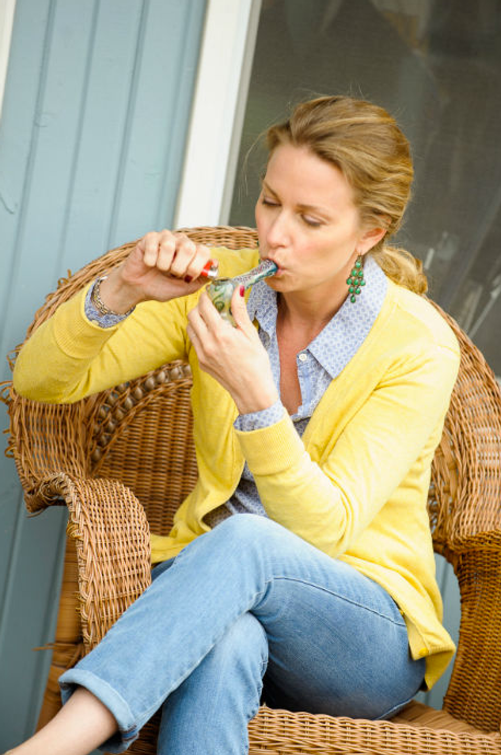 """These """"Realistic Stock Photos"""" Of People Smoking Weed Are the Best"""
