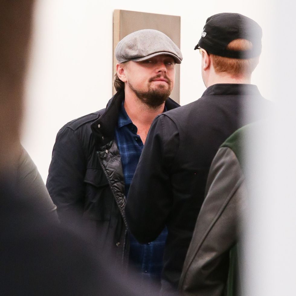 "Is Leonardo DiCaprio Using Tinder as ""Leonard""?"