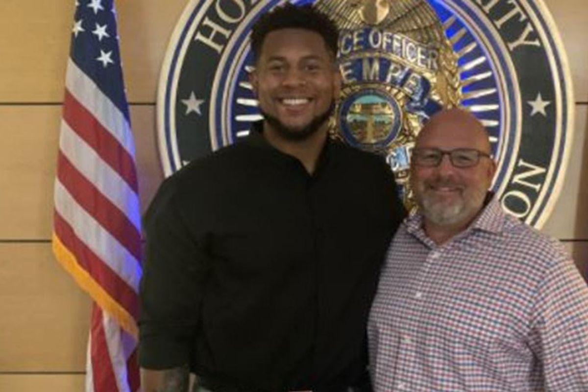 NFL lineman and fellow good samaritan saved a retired schoolteacher from sexual assault
