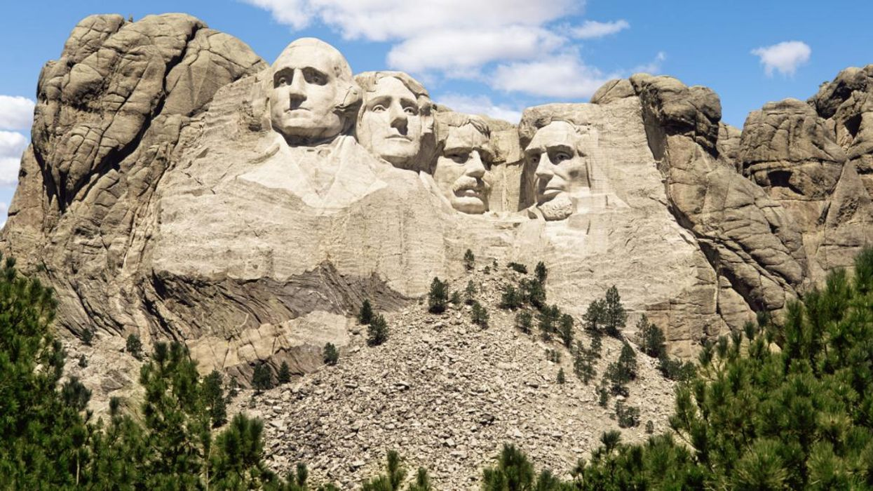 South Dakota Wildfires Close Mount Rushmore and Force Evacuations