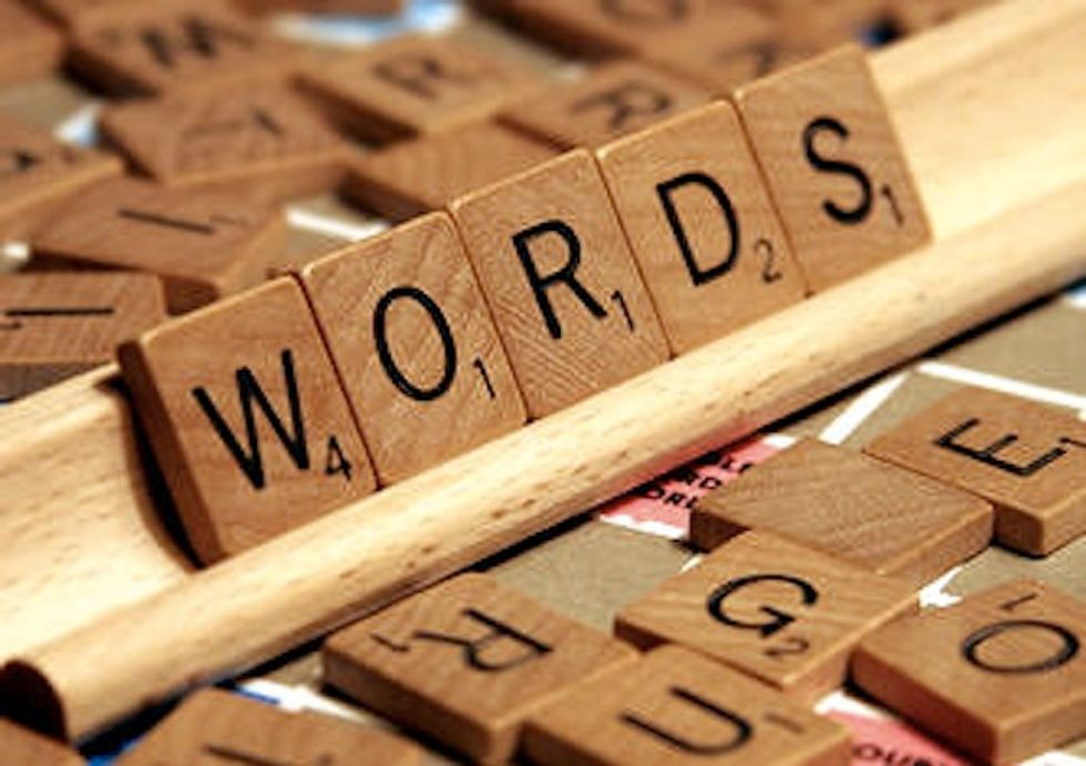 """Internet Slang that Should be in the Scrabble Dictionary Instead of """"Lolz"""""""
