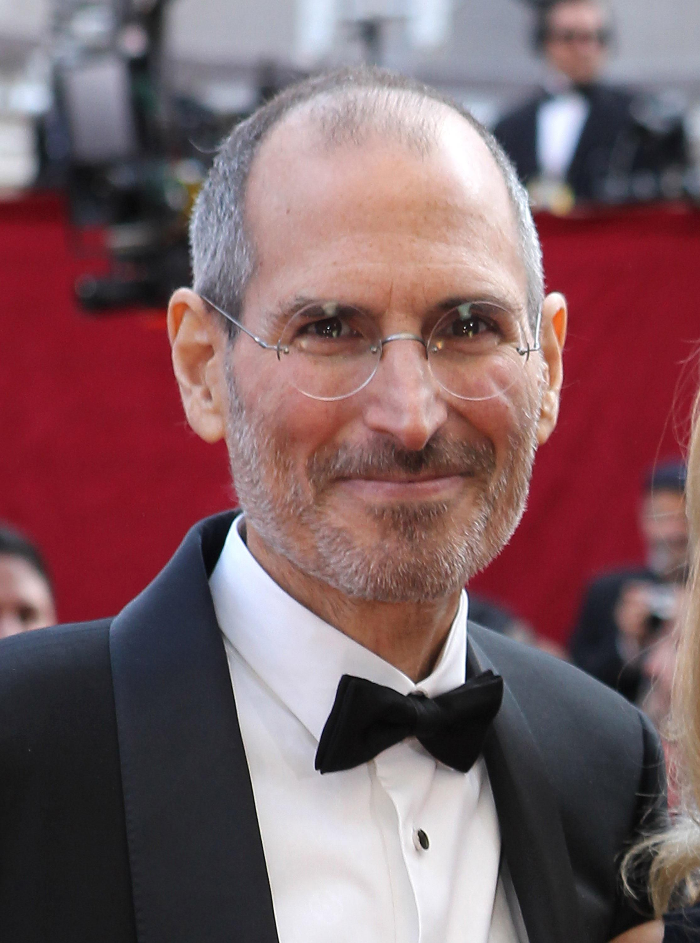 Steve Jobs in black tie on the red carpet