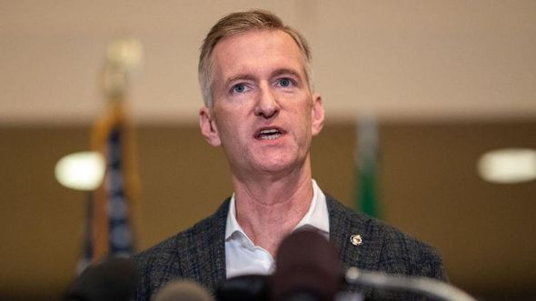 Portland mayor wants to restore police funding amid violent crime wave after cutting funds last year