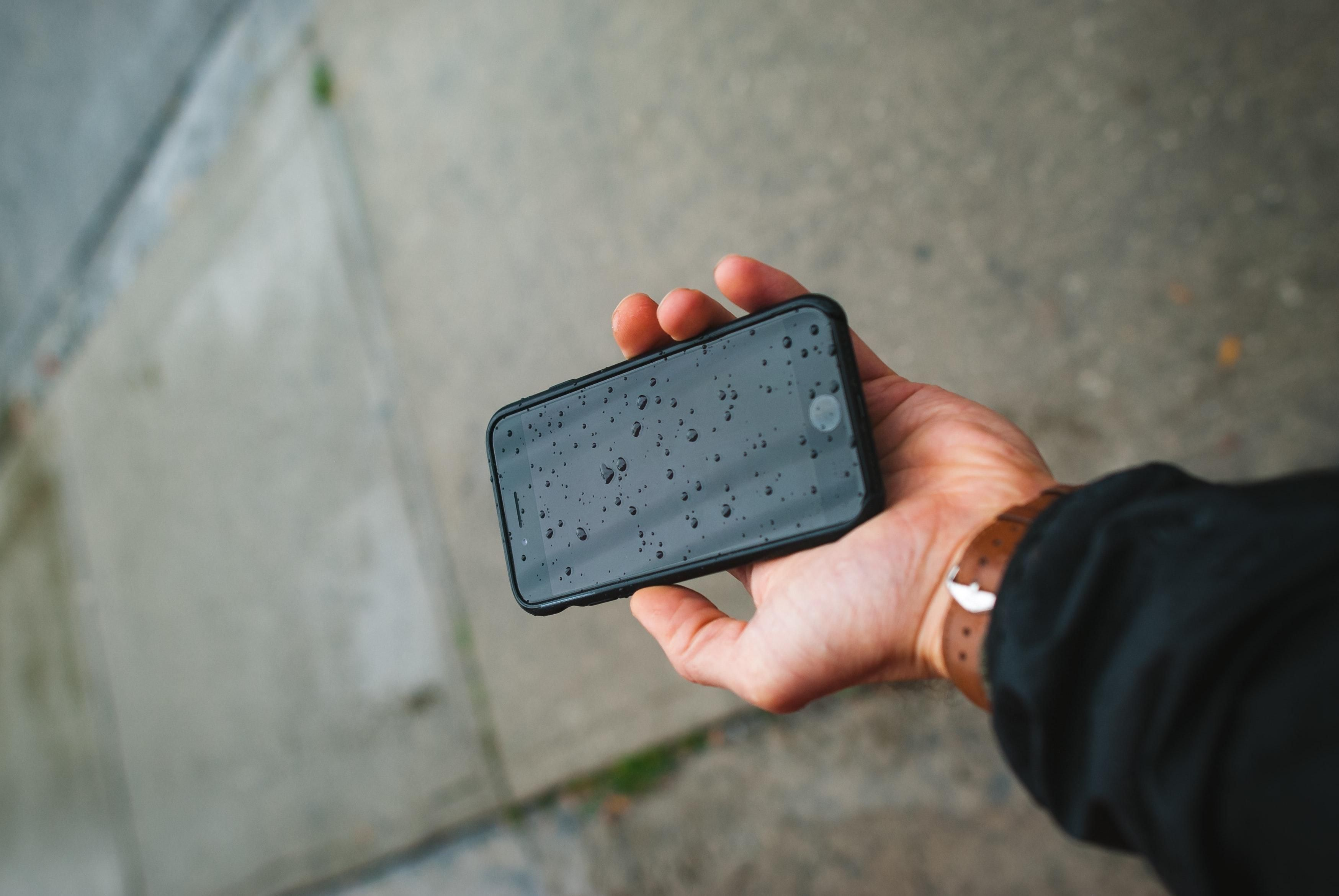 Why Rice Isn't The Best Way To Save Your Soggy Phone