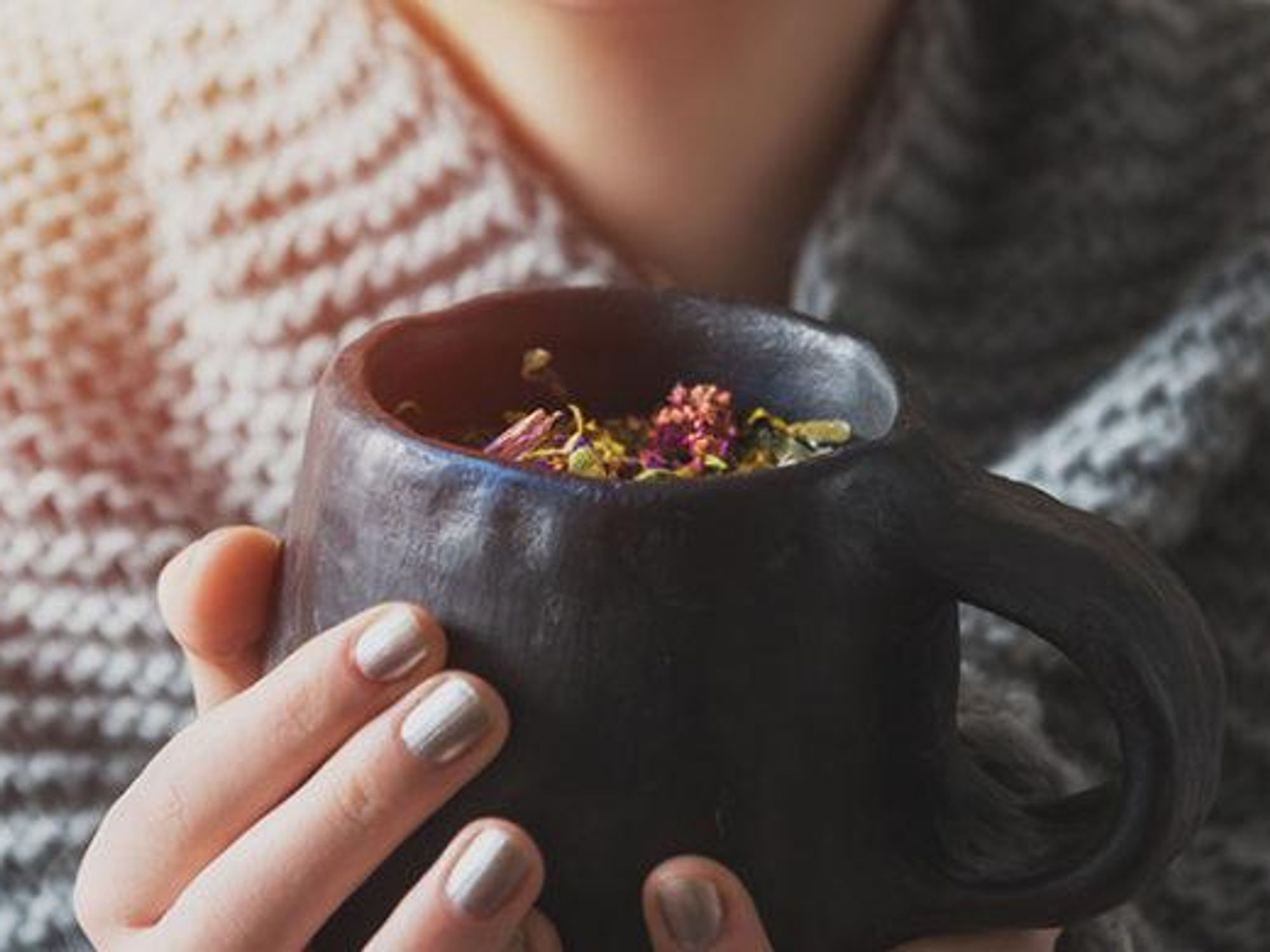 The 5 Best Herbal Teas To Help Relieve Stomach Upset