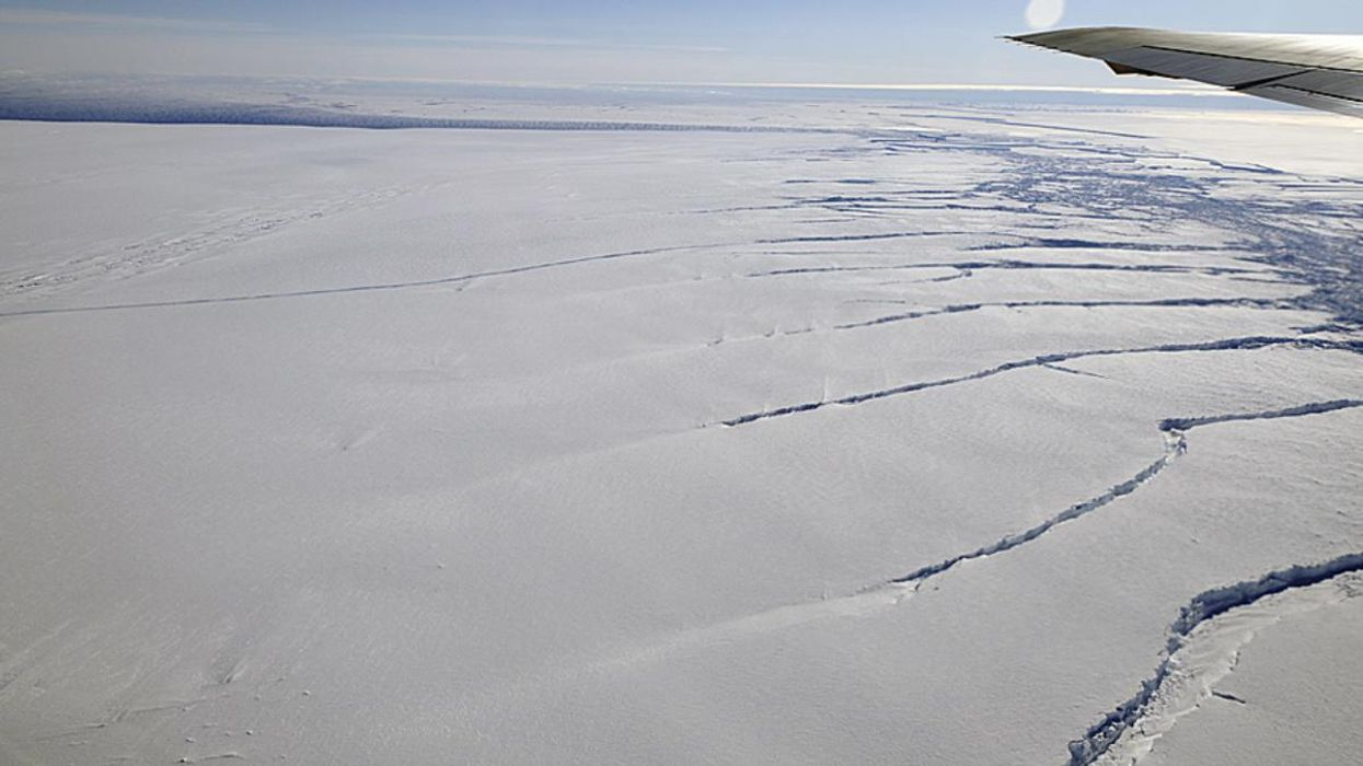 Scientists Identify Tipping Points for Antarctica's Pine Island Glacier for First Time