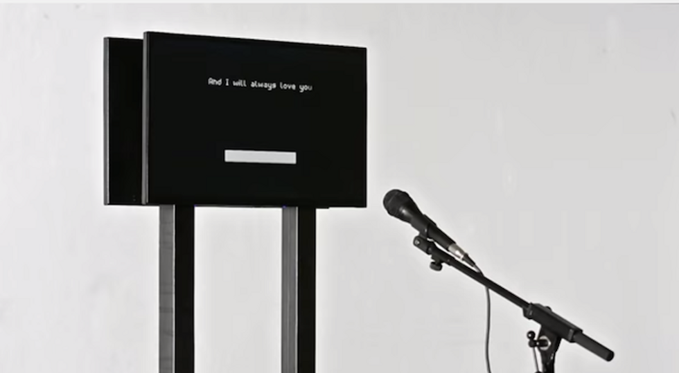 This Creepy Computer Will Sing Distorted 90s Ballads To You