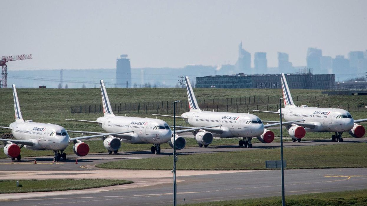 France Moves to Ban Short-Haul Flights