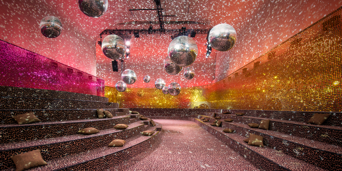 Dior's Shanghai Show Had the Most Electrifying Disco Soundtrack