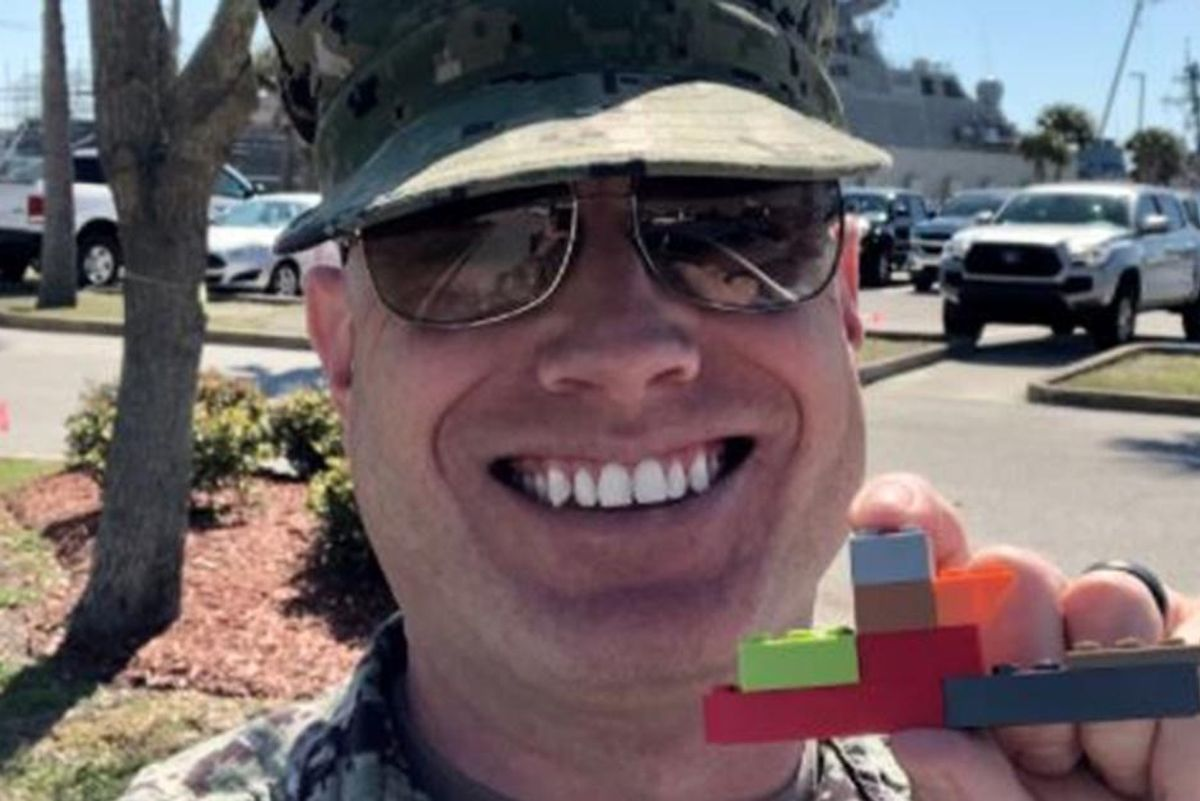 7-year-old's sweet LEGO gesture for his military dad turns into beautiful viral moment