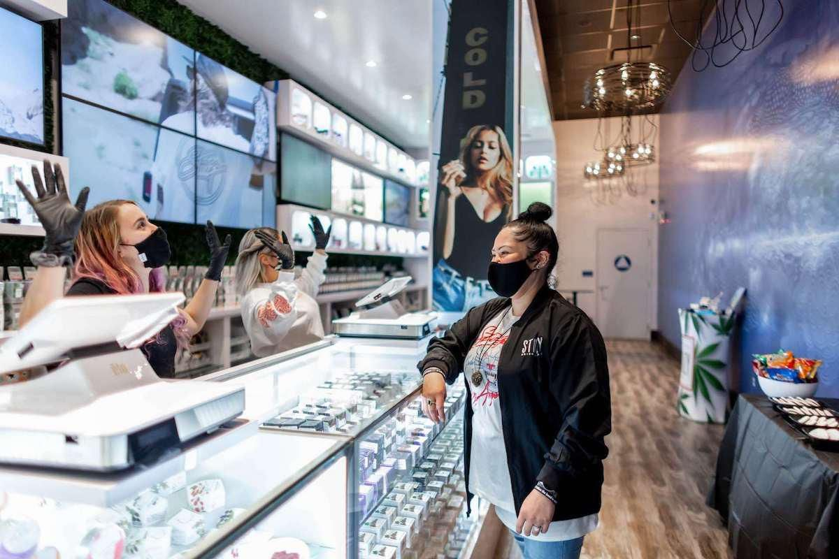 High-End Cannabis Dispensaries & Deliveries in the Bay Area