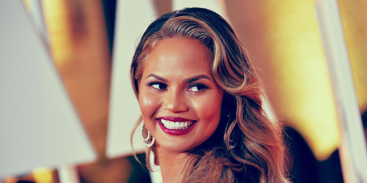 Chrissy Teigen Is Back on Twitter