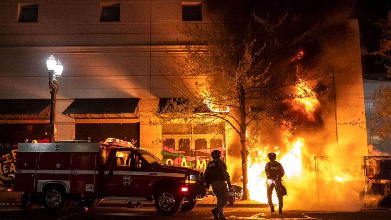 Portland rioters set fire to Apple store that had George Floyd mural, vandalize church that feeds the homeless