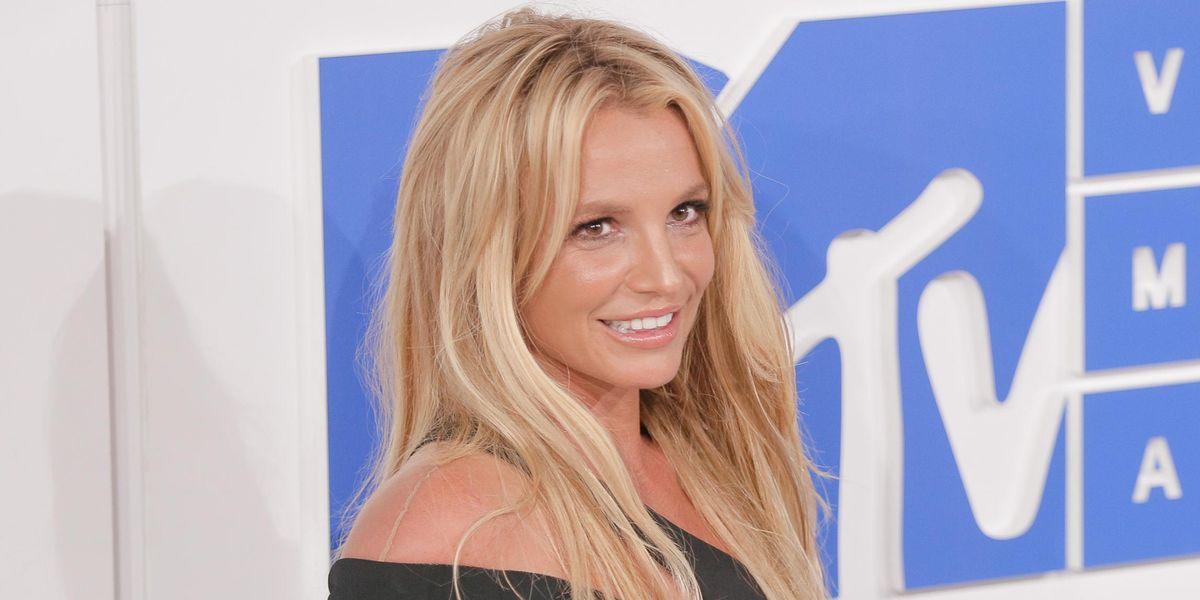 Britney Spears Answers Fan Questions: 'Am I Okay?'