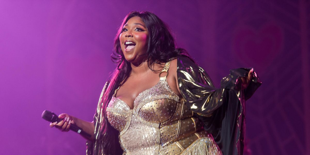Lizzo Shares Unedited Nude to Combat Unrealistic Beauty Standards