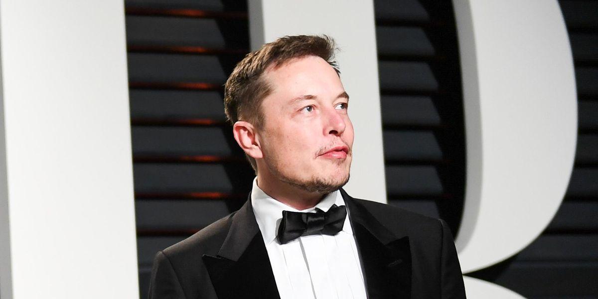 Elon Musk Is Hosting 'Saturday Night Live'