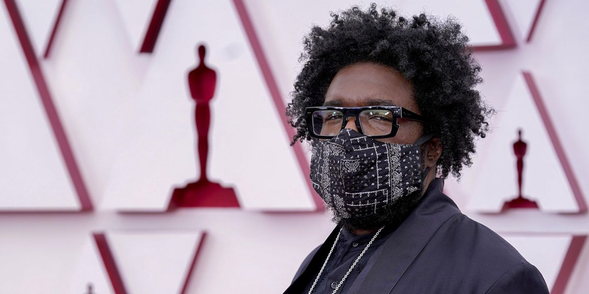 Fans in Disbelief as Questlove Wears Gold Crocs to the Oscars
