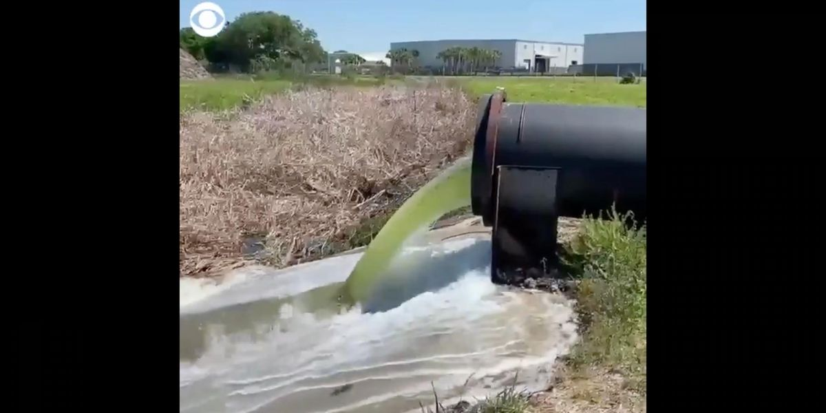 Florida declares state of emergency as reservoir — holding back hundreds of millions of gallons in radioactive wastewater — faces 'imminent' collapse thumbnail