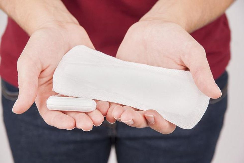 What are the factors to know about female incontinence pads?
