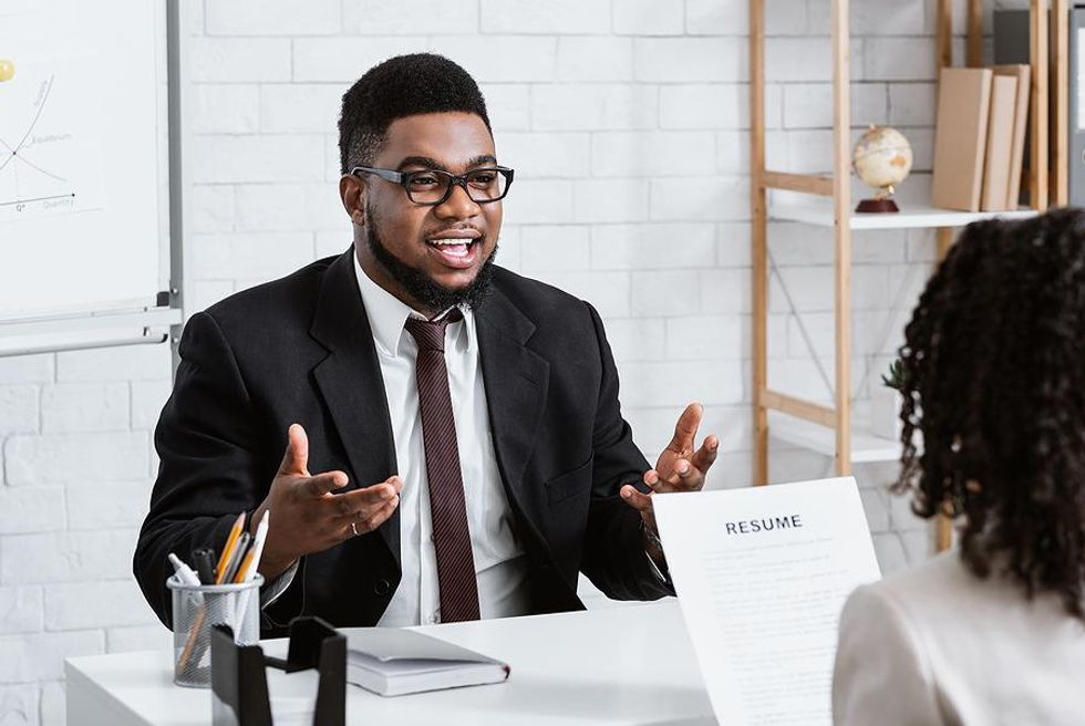 Enthusiastic job candidate talks about his salary requirements