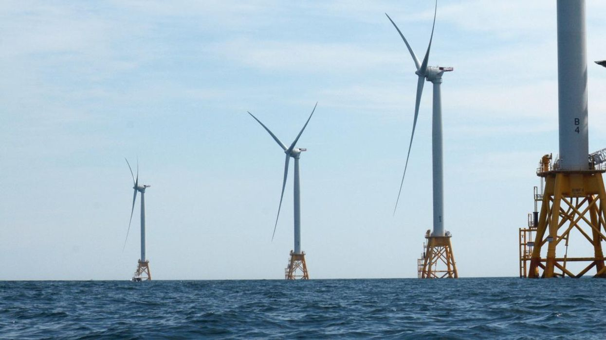 U.S. Approves Its First Big Offshore Wind Farm, in a Breakthrough for the Industry