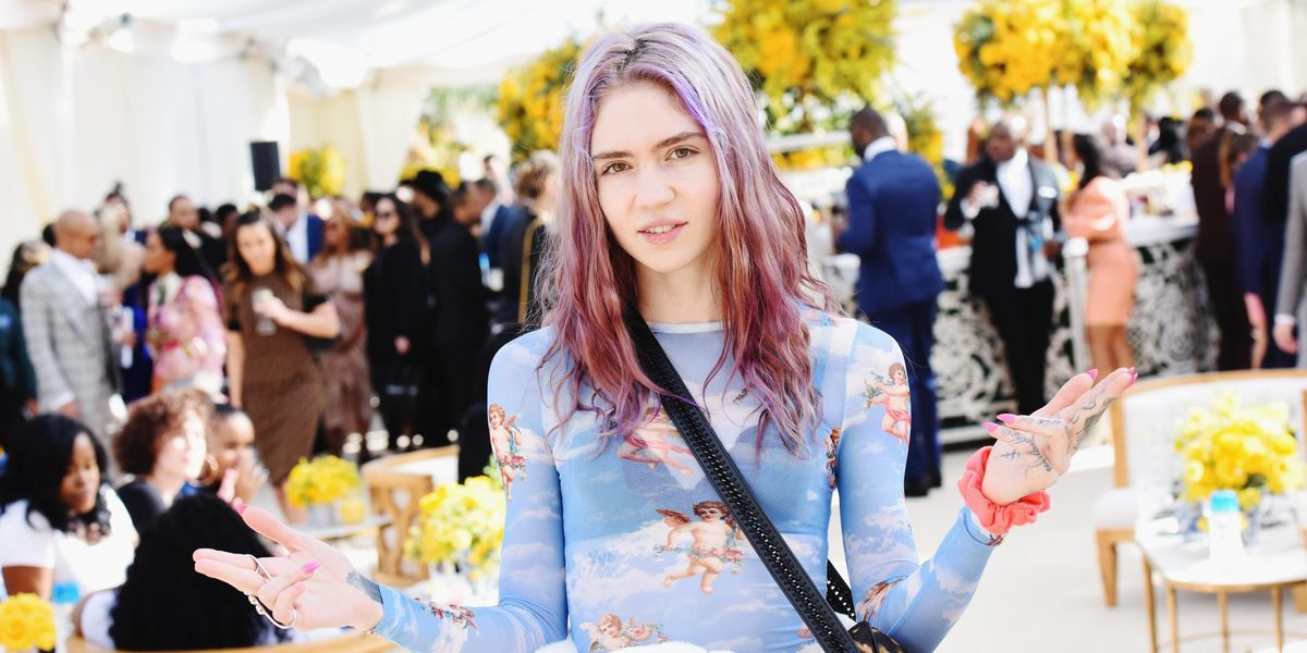 Grimes Apologizes for Putting Her Fans Through Elon Musk