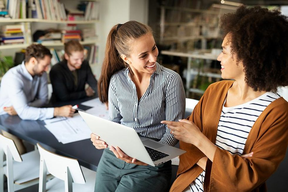 Motivated employees share ideas