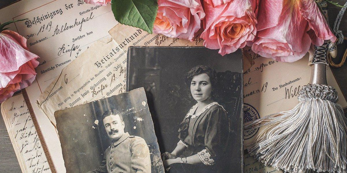 People Divulge The Most Shocking Family Secret They've Ever Discovered