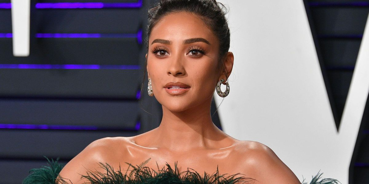 Shay Mitchell Says She's 'Learning' How to Talk to Her Daughter About Race