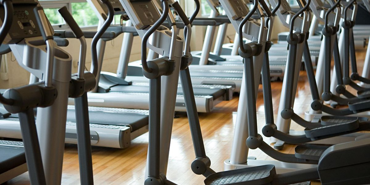 Woman's Fart Was so Bad a Girl Vomited and the Gym Had To Be Evacuated