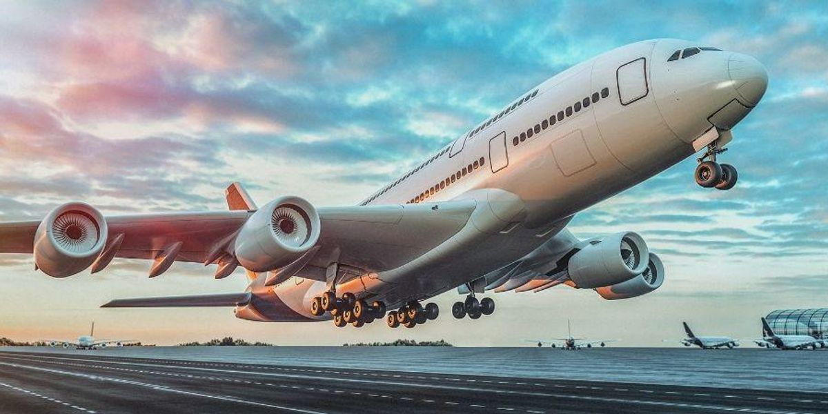 Ways to Reduce Anxiety on Long-Distance Flights