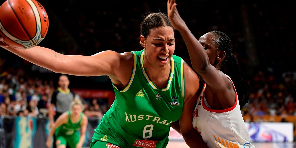 Basketball Star Liz Cambage Explodes at Coach for Saying She Weighs 135kg
