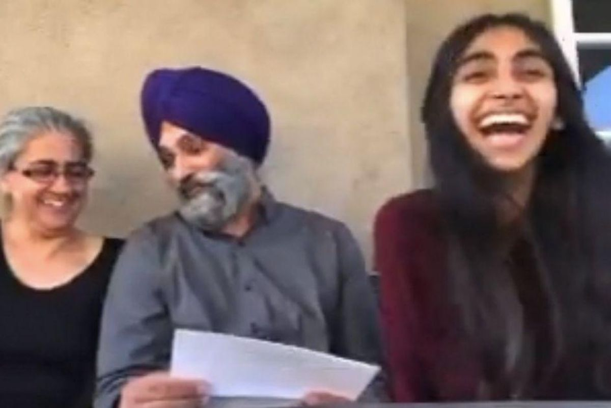 Parents' priceless reaction to daughter's acceptance letter into optometry school is pure joy
