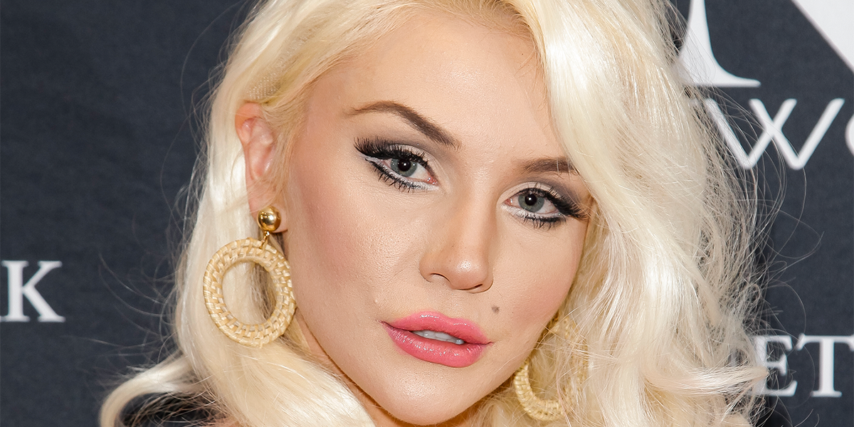Courtney Stodden Savagely Trolled After Revealing Her 'Huge' Engagement Ring