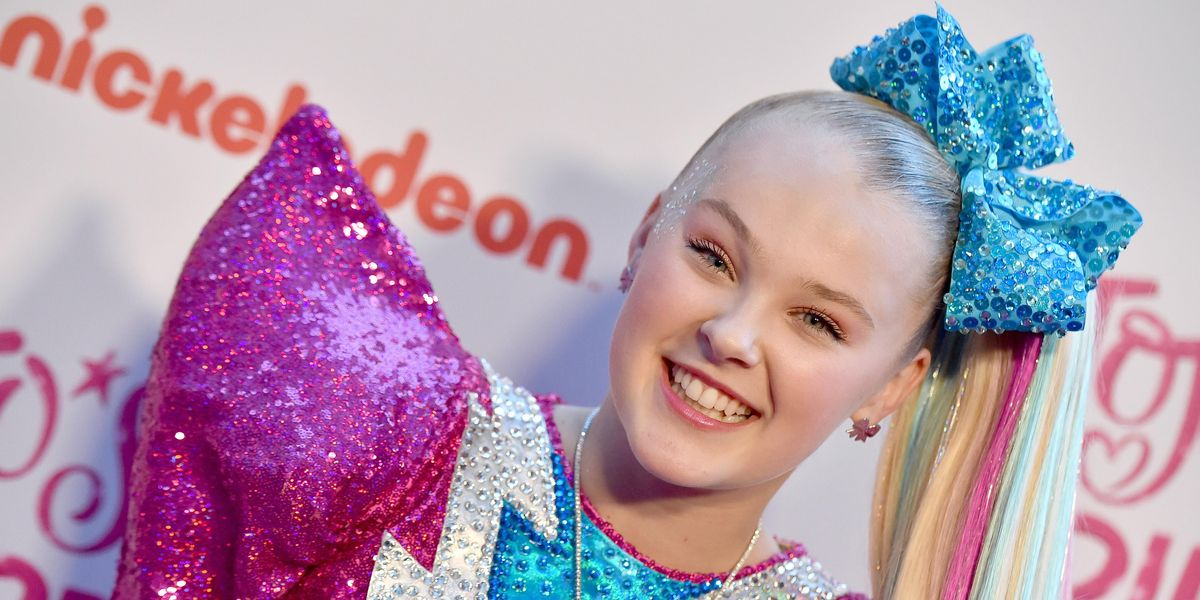 JoJo Siwa Wants Her Kissing Scene With a Man Cut From Movie