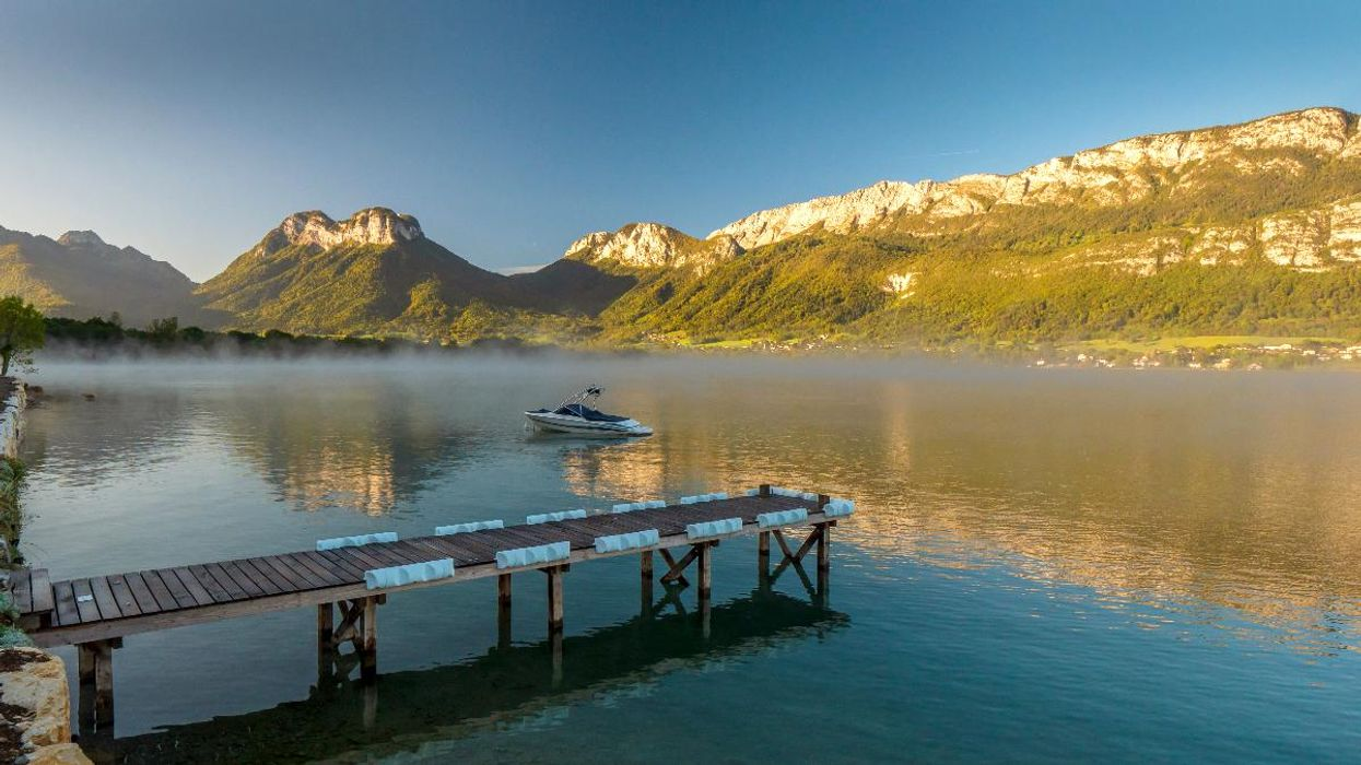 Lakes Are Losing Oxygen, Major Global Study Finds