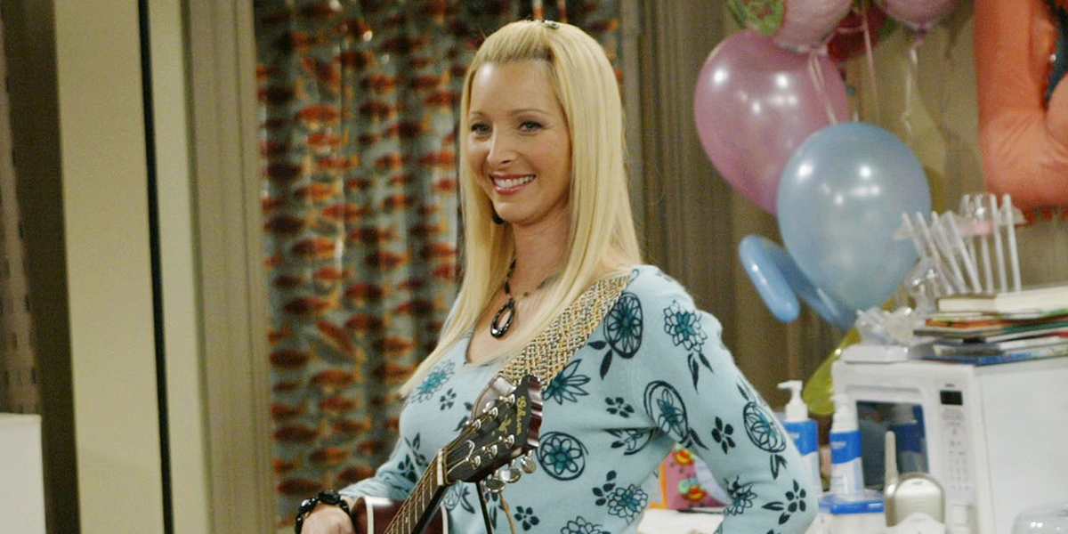 Lisa Kudrow Details the Tender Moment You May Have Missed on 'Friends' Reunion