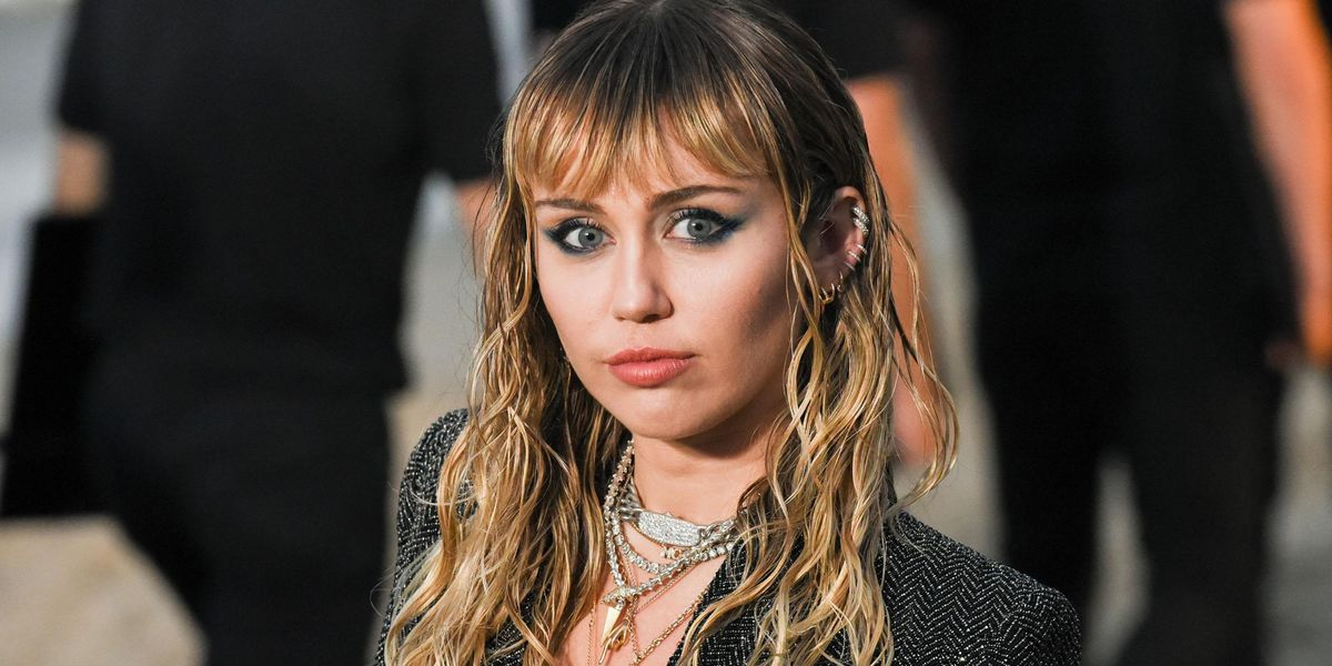 Miley Cyrus Still 'Scarred' From the Body-Shaming She Suffered After the 2013 VMAs
