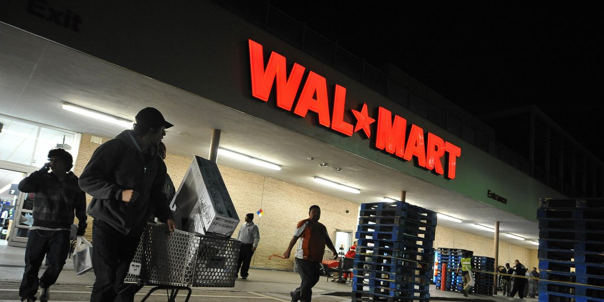Walmart Will Be Closed on Thanksgiving for the Second Year in a Row