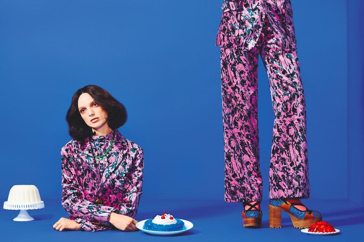 Bold Molds: A Fall Fashion Salute to JELL-O