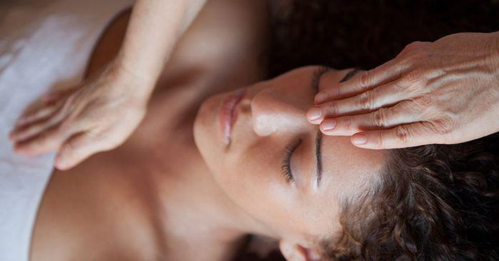 Five most effective energy healing methods and the way they work