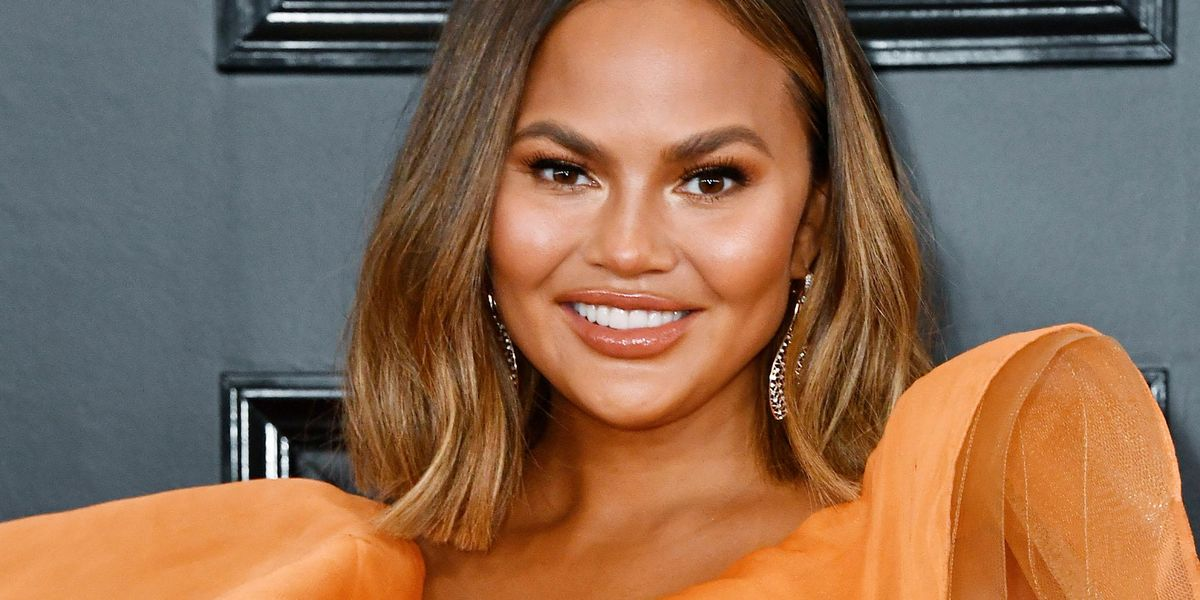 Chrissy Teigen Admits To Being an 'A-Hole' and a 'Troll' But Says She's No Longer That Person