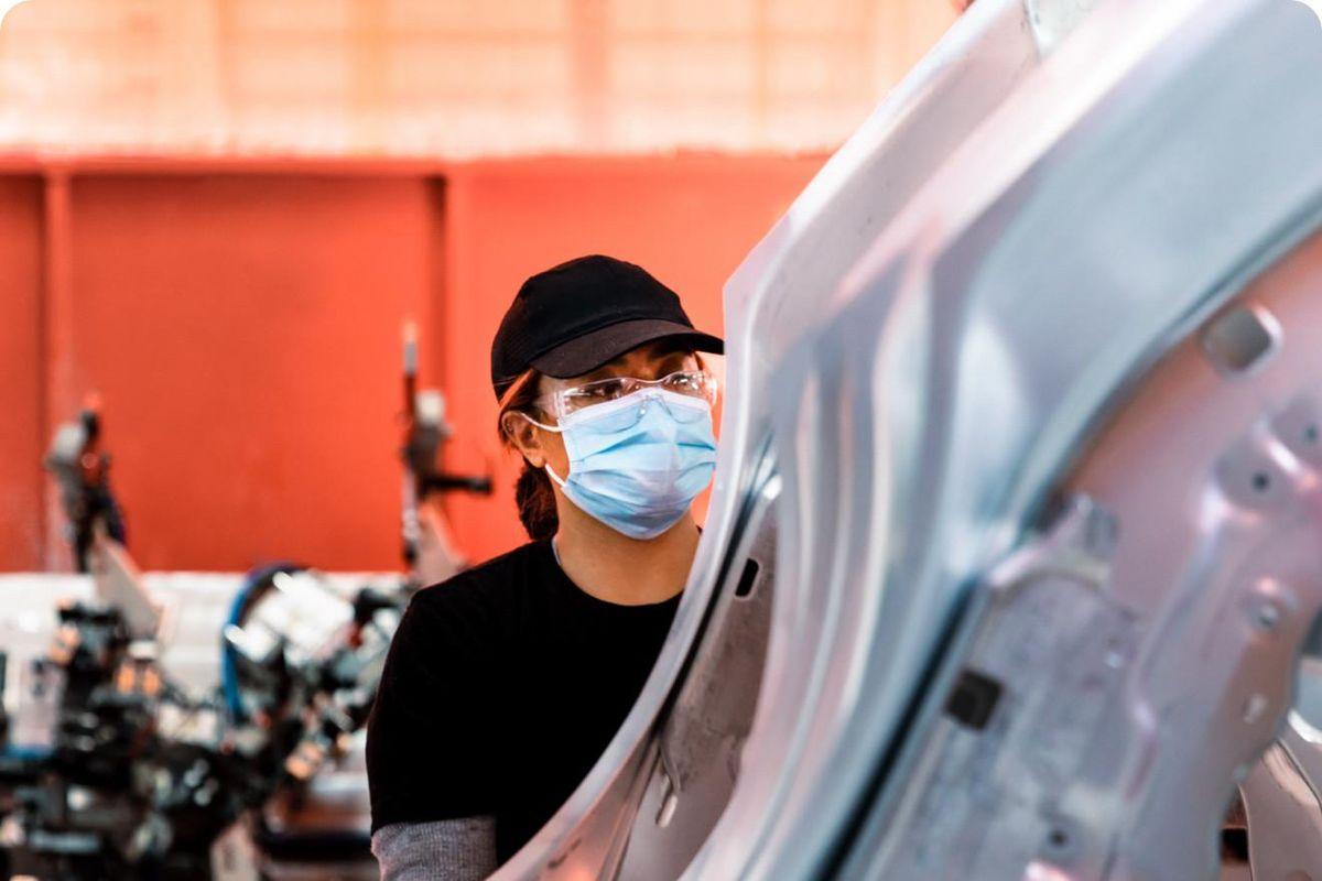 Tesla building workforce of tomorrow with new ACC program